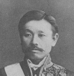 井上馨(明治13年、大礼服姿)